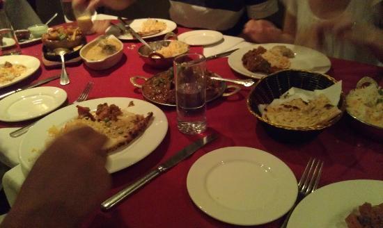 Aashiana Tandoori Indian Restaurant