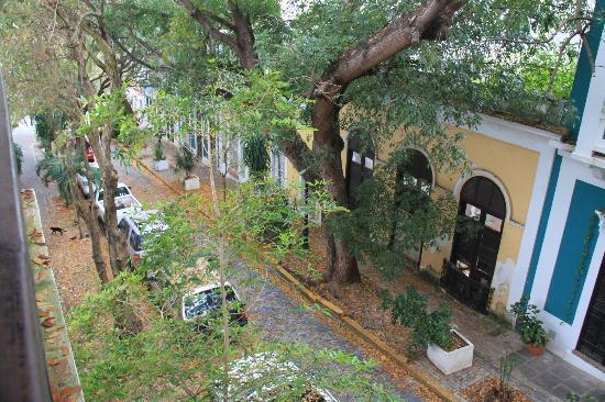 Caleta 64 Apartment : Peaceful street view from balcony