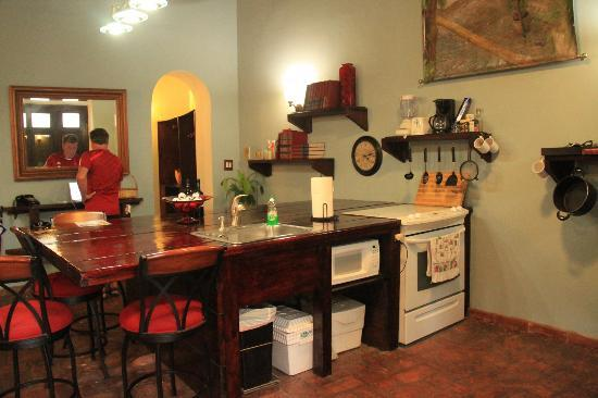 Caleta 64 Apartment : Room showing kitchen