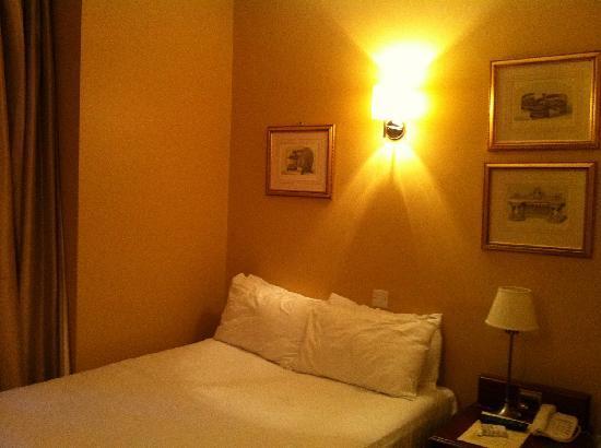 Judd Hotel: Комната