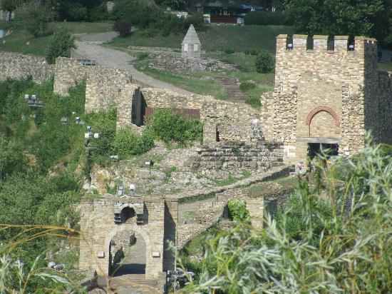 Magic Day Tours Bulgaria: Fortezza di Velico Tarnovo