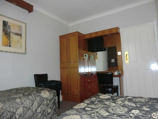 BEST WESTERN PLUS Delmere Hotel: Zimmer