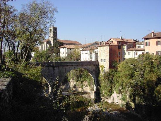 Cividale del Friuli, Italie : Ponte del Diavolo