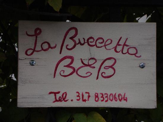 B&B La Buccetta: Targhetta esterna