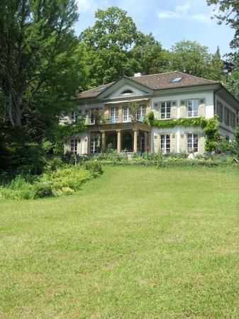 บีล, สวิตเซอร์แลนด์: Jardin de la Villa Lindenegg