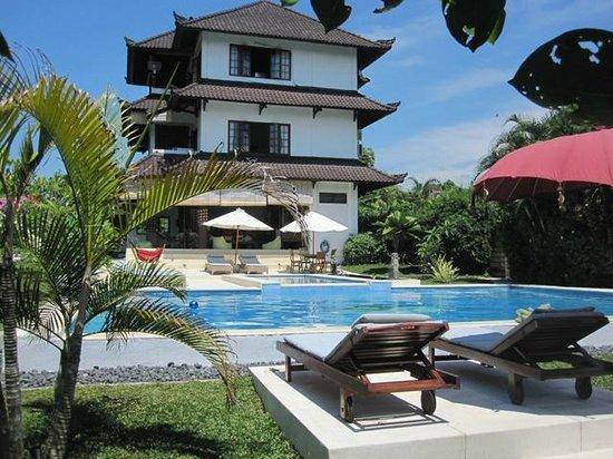 Villa Adinda