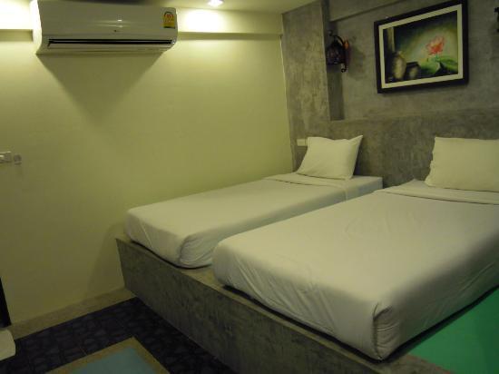 Arawan Krabi Beach Resort: Lits + climatisation