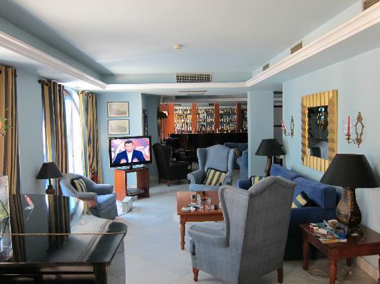 Maritsa's Hotel-Suites: Hotel2