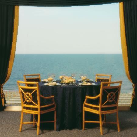 Hotel Lungomare : Sala da pranzo