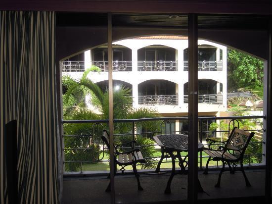 Check Inn Resort Krabi : Vitres teintées