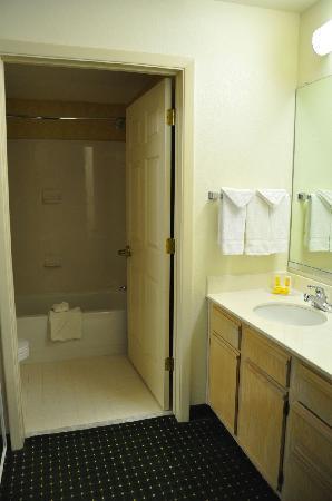 Residence Inn Phoenix Airport: Badezimmer