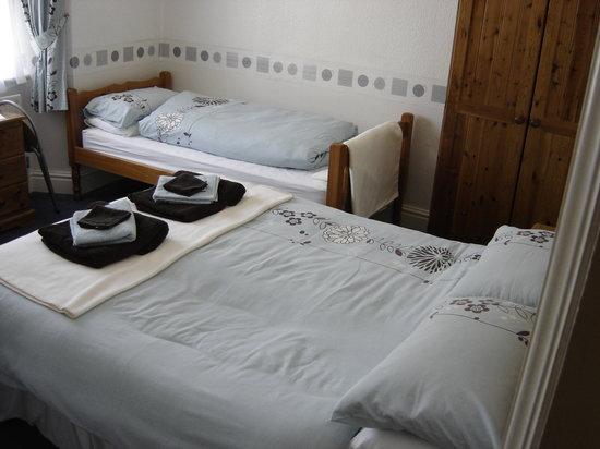 Beckside Cottage: Room 2