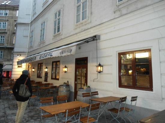 Gigerl - der Stadtheurige: entrance
