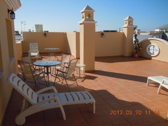 Hostal San Miguel: Den populära takterrassen är utmärkt för sen supé i ljumma vindar.