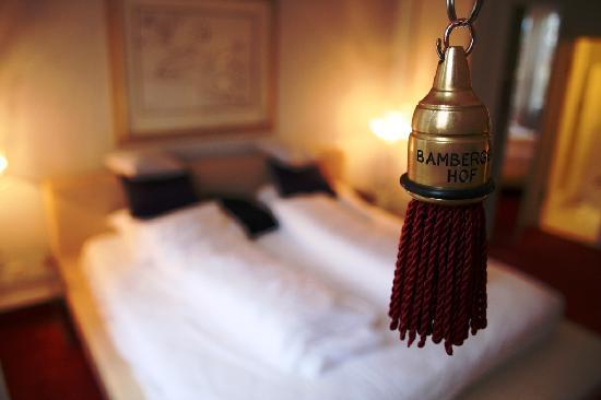 Bamberger Hof Bellevue: Our room