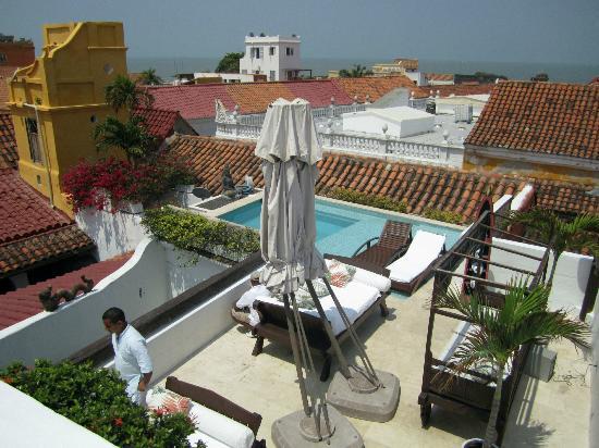 Hotel Aguamarina: Pool area