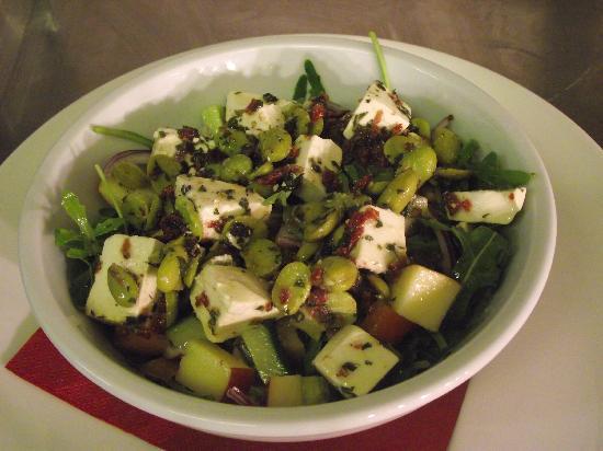 Derwentwater Arms: Feta & Broad bean Salad