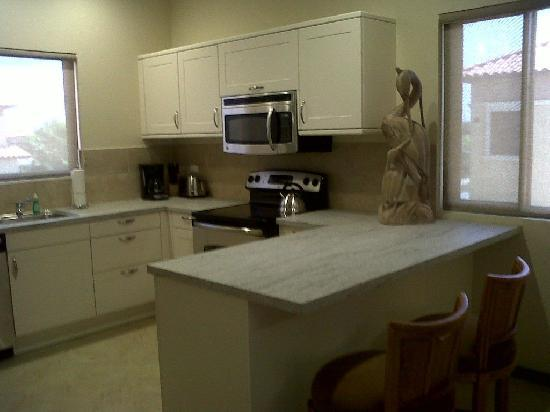 Gold Coast Aruba: Condo Kitchen