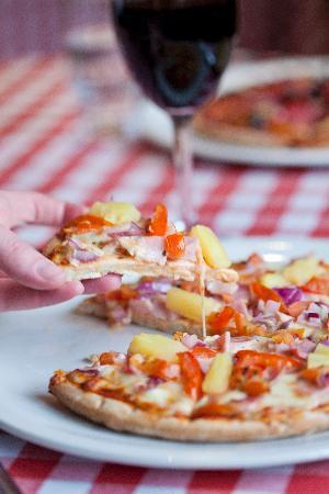 Spago's Italian Bistro: A Choice of Delicious Pizza's
