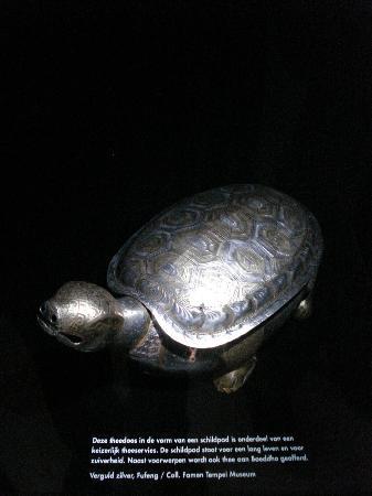 Drents Museum: Turtle tea box (Famen Temple Museum)