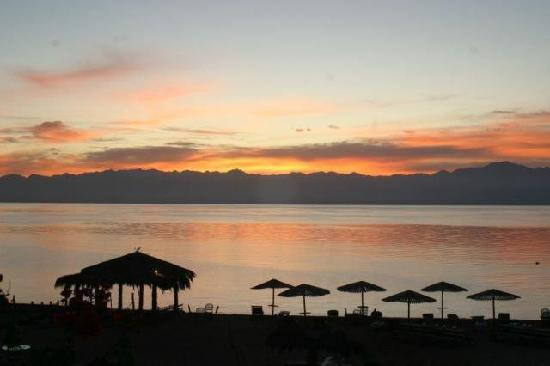 Nakhil Inn and Dream - Nuweiba: sun rise at Nakhil