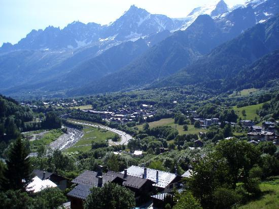 Chalets Le Grand Balcon : View from Chalet 7