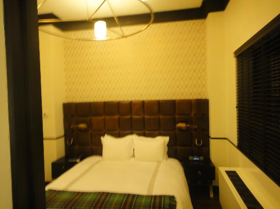 Gild Hall, a Thompson Hotel: Bedroom comfortable