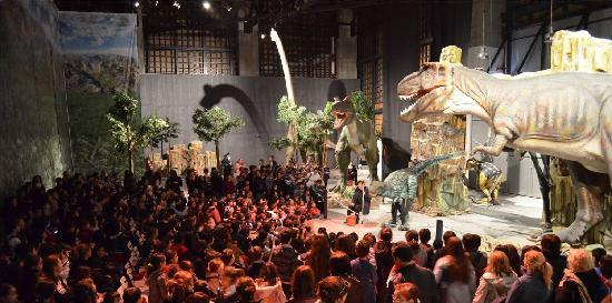 Jurassic Land: The Parade of Dinosaurs