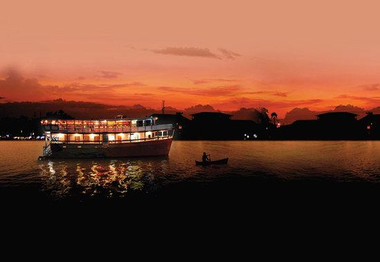 Nomad Living : a floating restaurant