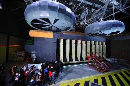 Jurassic Land: Juracopter, which is the biggest 4D cinema in Turkey with six effects