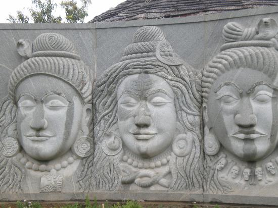 Dhyanalinga Temple: Lord Shiva in different expressions
