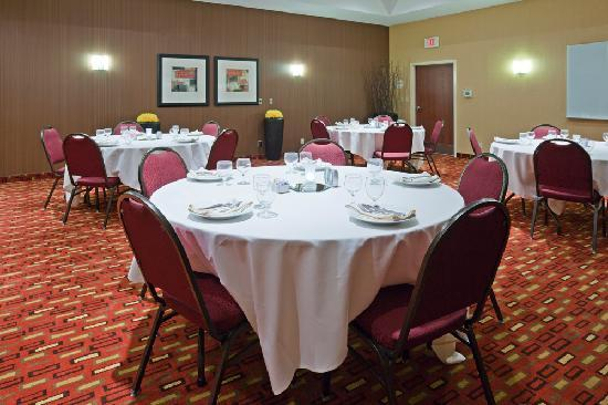 Courtyard Rochester Mayo Clinic Area/Saint Marys: Flexible meeting space and professional onsite catering services