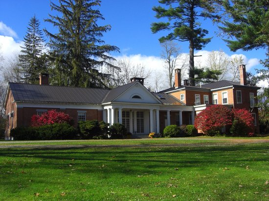 The Sumner Mansion Inn