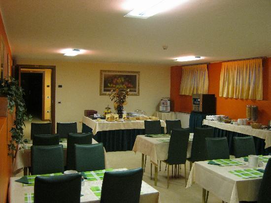 Felix Hotel: Sala colazione