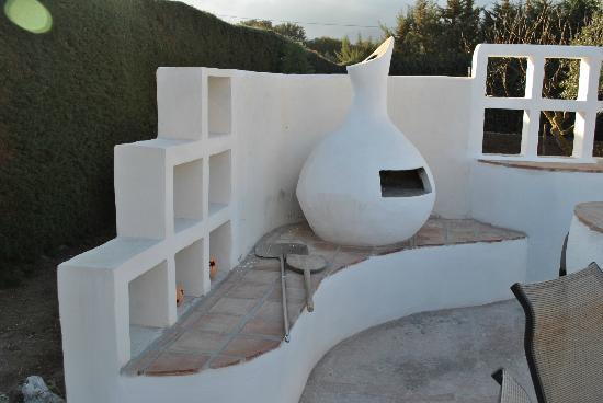 Finca Los Pinos Guesthouse: Bread / Pizza Oven