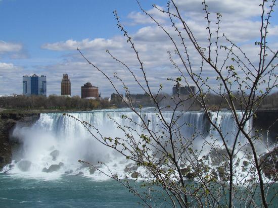 Hilton Garden Inn Toronto / Burlington: Niagarafälle  (Blick auf USA)