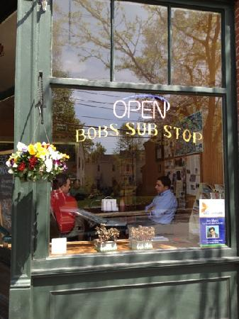 Bob's Sub Stop: front