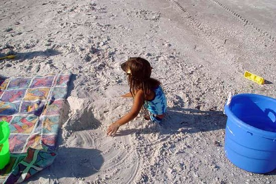 Sun N Fun Beachfront Vacation Rentals: kids play and then sleep well