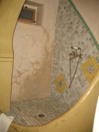 Hotel Riad Casa Hassan Restaurante: Ducha