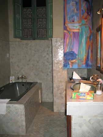 Riad Dar Cordoba : Baño impecable