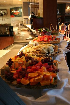 Poets Cove Resort & Spa: Sunday Brunch