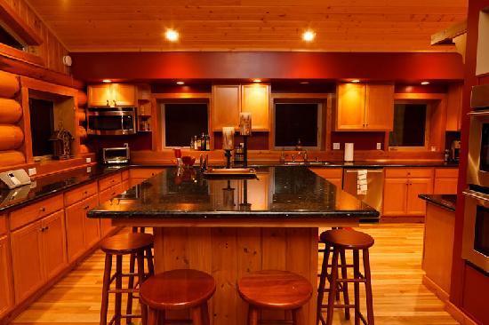 Natapoc Lodge: Gourmet Chef's Kitchen