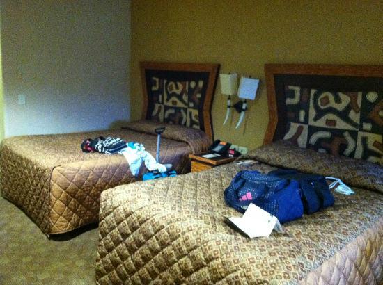 Kalahari Resorts & Conventions: double queen bed room