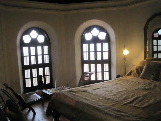 Raheem Residency: room