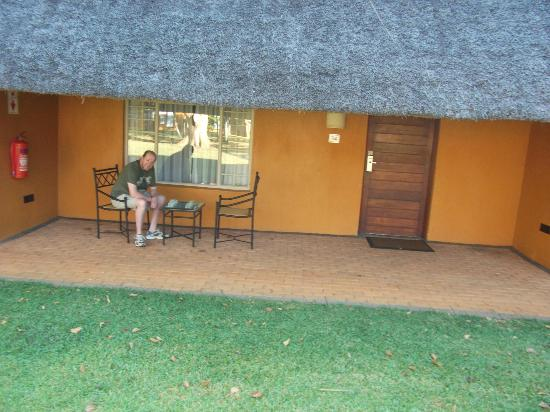 "Protea Hotel by Marriott Hazyview: Sitting outside our family ""bungalow"" style room"