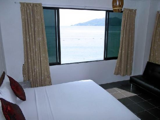 Tri Trang 5 Star Apartments: Tri Trang's New Phuket Beachfront Suite