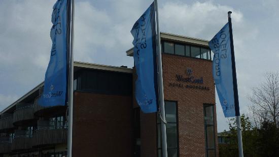 WestCord Hotel Noordsee: Zijkant Hotel aan kant van Natuurmuseum!