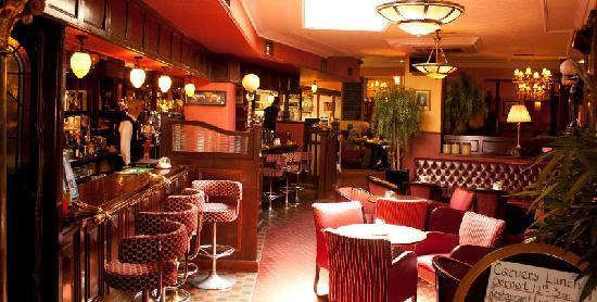 Reddy's Lounge