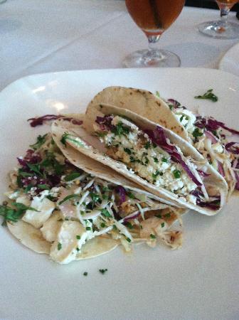 Derek's: Fish Taco Lunch