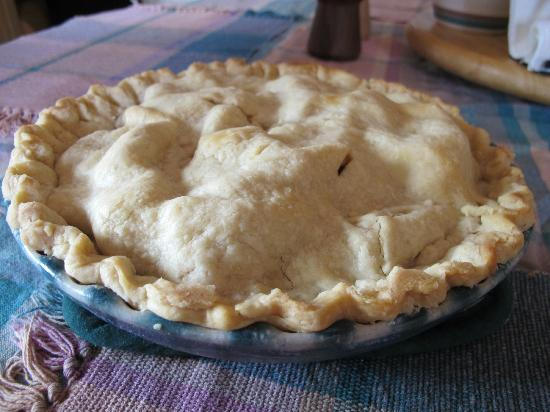 A Moose in the Garden Bed & Breakfast: homemade apple pie!